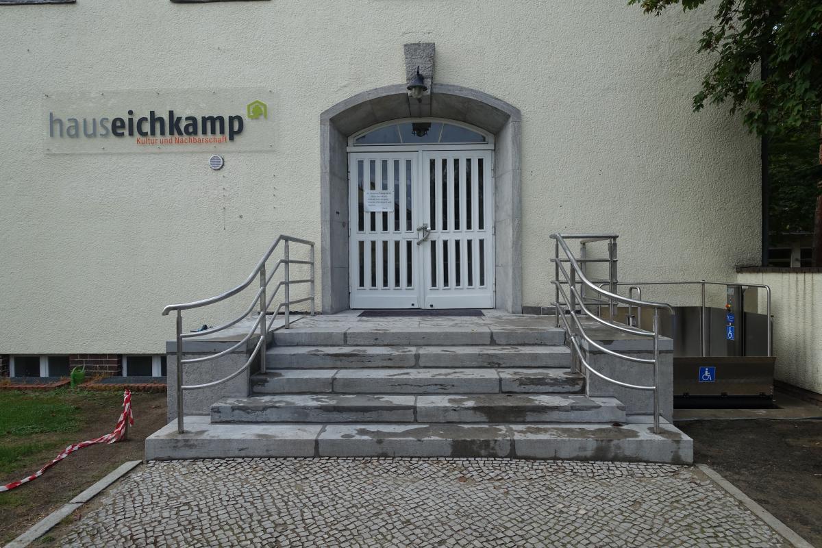 Barrierefreier Zugang zum Haus Eichkamp ist fertig – Dank an die Lottostiftung